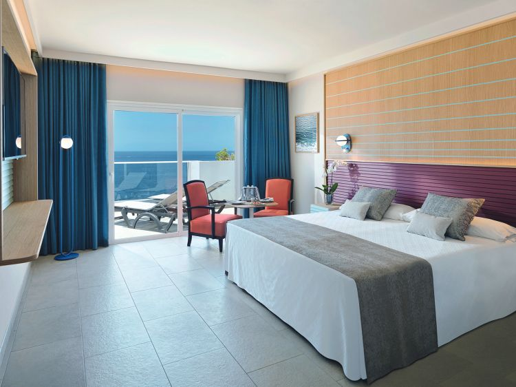 Adrian hoteles roca nivaria in tenerife for Adrian hoteles jardin de nivaria tenerife